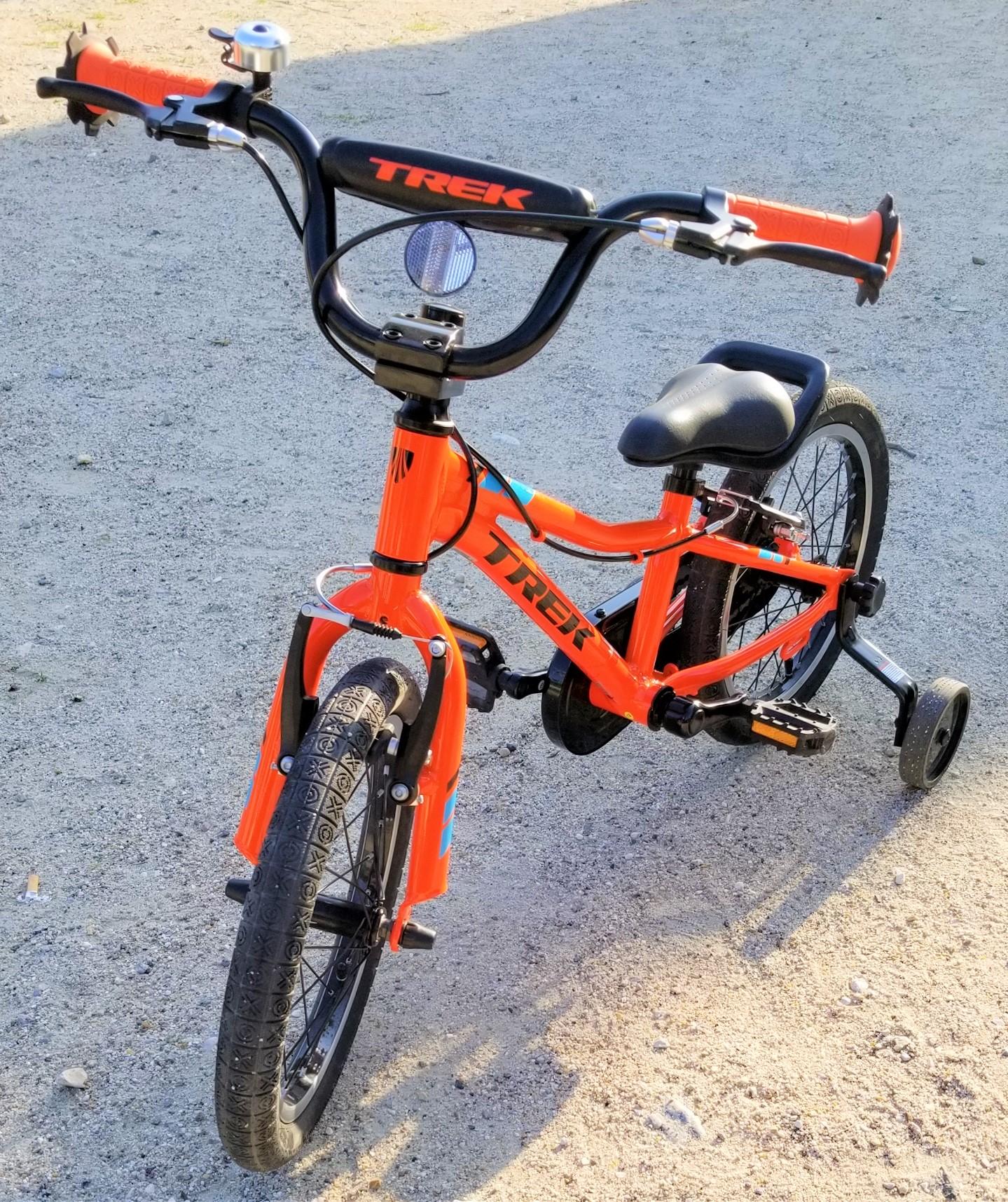 初めての子供用自転車に TREK の自転車を買ったら、機能的にも金銭的にも満足した