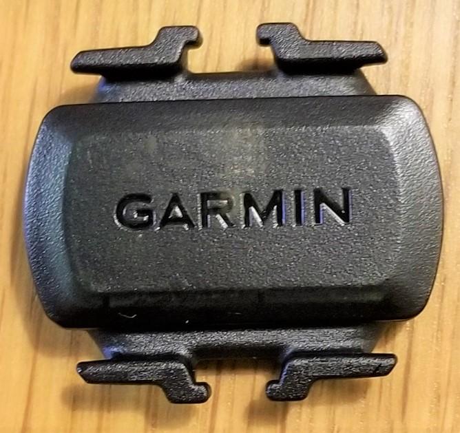 GARMIN vivoactive 3 に ケイデンス を表示させるため、クロスバイクにセンサーを取り付けた