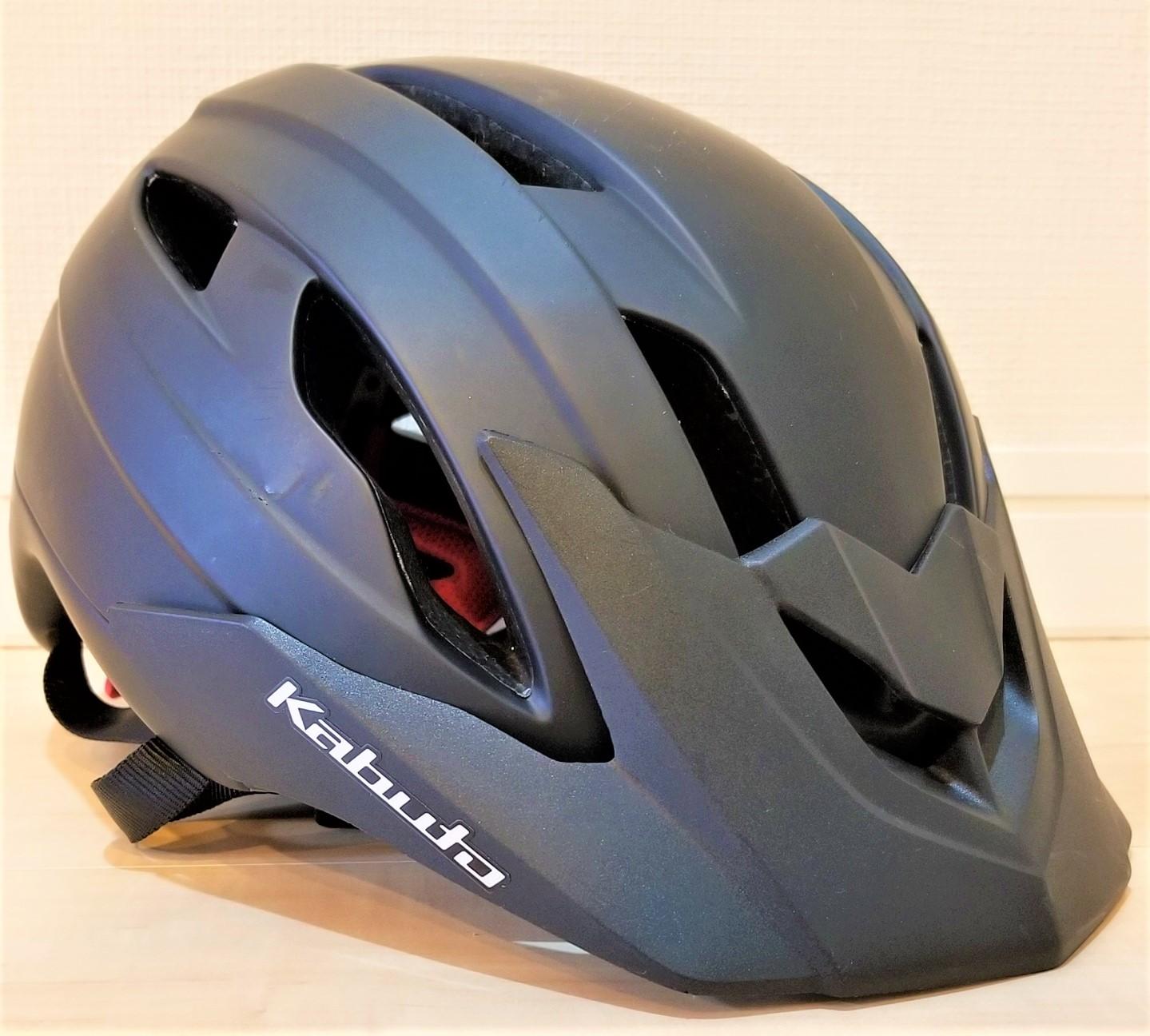 クロスバイク の ヘルメット 選びで満足していたら、最近少しだけ後悔したこと 【大会に出場できないこともあるヘルメットだった】